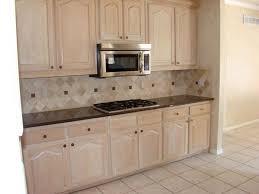 Oak Cabinet Kitchens Best 25 Oak Cupboard Ideas On Pinterest Oak Cabinets Redo Oak