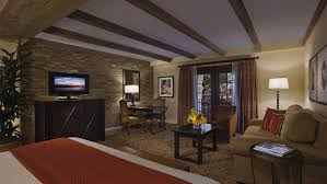 Bed And Living Hotels In San Antonio Texas Guest Rooms Omni Hotel