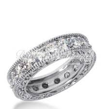 womens diamond wedding bands how to choose the best diamond wedding band for women jewelry