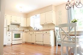 Kitchen With Cream Cabinets by Beadboard Backsplash Corbel Love U0026 A Few Other Kitchen Updates