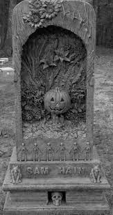 spirit of halloween stores best 25 halloween tombstones ideas on pinterest spooky