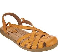 Closed Toe Sandals With Heel Best 25 Closed Toe Sandals Ideas On Pinterest Cute Flats Brown