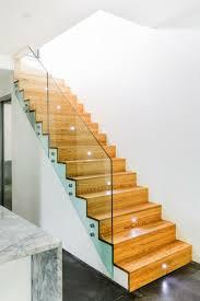ruban led escalier eclairage escalier led idees modernes id es sur le th me led