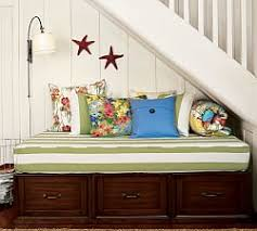 daybeds pottery barn