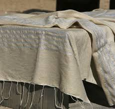 grand jeté de canapé les 17 meilleures images du tableau plaid jeté de lit ou de canapé