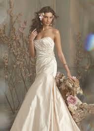 cbell wedding dress jim hjelm 2010 bridal collection the fashionbrides