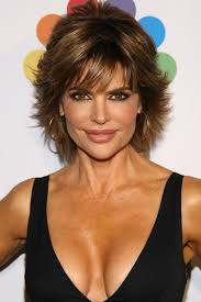 texture of rennas hair lisa rinna s layered razor cut celebrity hair livingly