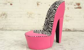 Pink Chaise Lounge Bedroom Ideas Wonderful Zebra Patterned Backrest And Pink