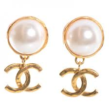 dangle clip on earrings chanel vintage pearl cc dangle clip on earrings 89137