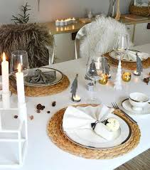 Dining Table Settings Pictures Silver And Gold Table Decorations Dinner Table Setting