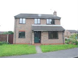 4 Bedroom House 2 Harcourt Drive Ripon Way Hull 4 Bed House To Rent 675 Pcm