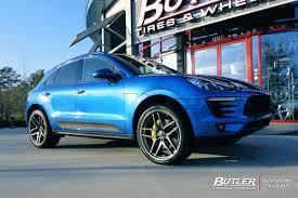 Porsche Macan Black Wheels - porsche macan with 22in savini bm7 wheels exclusively from butler