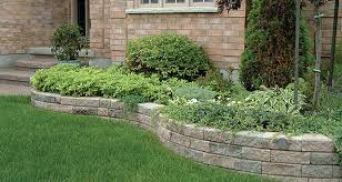 retaining wall wedgestone and wallstone