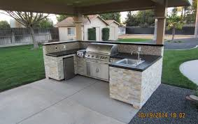 outdoor kitchen furniture construction outdoor kitchen