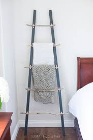 Driftwood Rustic Bedroom Set Decorating Ideas How To Make A Diy Rustic Coastal Blanket Ladder With Driftwood