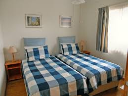 cosy cabins southport beach accommodation