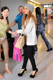 ariana grande costumes for halloween ariana grande looked so stylish rocking a beanie cap and long