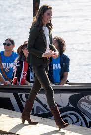 kate middleton duchess of cambridge u0027s canada wardrobe is her most
