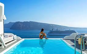 charisma suites luxury suites in oia santorini with caldera
