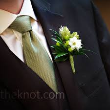 wedding boutonniere hops wedding boutonniere