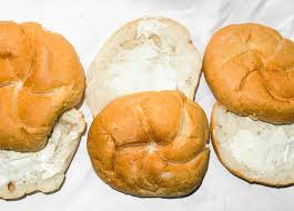 bun butterer ode to the buttered roll that new york lifeline the new york times
