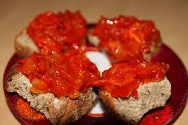 cuisiner les poivrons rouges confit de poivrons rouges aux oignons nouveaux bocook