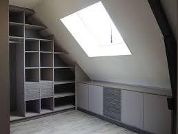 comment faire un placard dans une chambre comment faire placard sous pente 6 ahurissant aménager vos