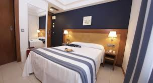 chambre 2 lits hotel els pins base chambre pas de balcon 1 ou 2 lits