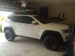 silver jeep grand cherokee 2007 jeep grand cherokee with a 2 5 inch lift kit 32