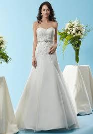 gã nstig brautkleider kaufen die besten 25 bridals ideen auf marine