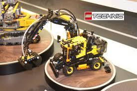 volvo official lego technic volvo ew 42053 official images nytf youtube