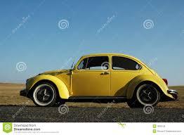 volkswagen bug yellow yellow volkswagen beetle stock image image of veteran 4906129