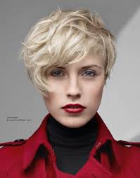 a symetric hair cut round face short asymmetrical haircuts