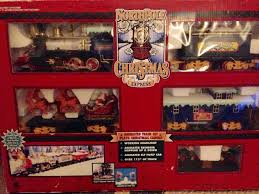amazon com north pole christmas express train set toys u0026 games