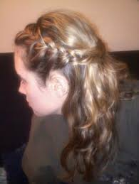 http www glamzzle com classy quick easy spring fall updo beach
