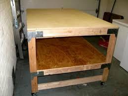 Sturdy Table Rabid Ferrets Ultra Sturdy 6x4 Rolling Gaming Table Articles