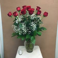 Long Stem Flowers 1 Dozen Premium Long Stem Red Roses In Peabody Ma Evans Flowers