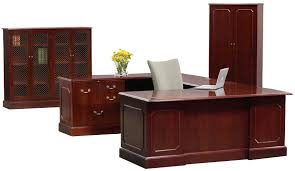 5 high end executive desk sets that make a great impression
