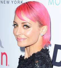 what goes with pink nicole richie goes pink our 8 favourite hair looks styleicons