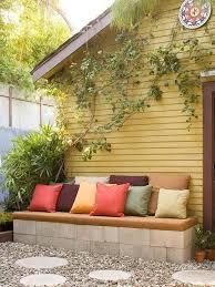 Backyard Seating Ideas by Best 25 Cinder Block Bench Ideas On Pinterest Cinder Block