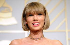 niki taylor talks about pregnancy popsugar moms taylor swift has a heart of gold helps buy house for pregnant