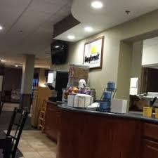 Comfort Inn Buffalo Ny Airport Days Hotel Buffalo Airport 18 Reviews Hotels 4345 Genesee