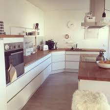 kche wei mit holzarbeitsplatte die besten 25 küche weiß holz ideen auf weiße ikea