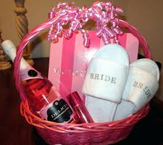 kitchen gift basket ideas bridal shower kitchen gift basket ideas baskets for guests wedding