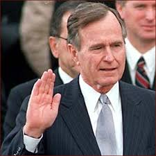 George Bush Cabinet The Hand Of George H W Bush Right Hand Inauguration Photo 21 60