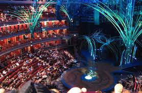 review cirque du soleil amaluna at the royal albert hall