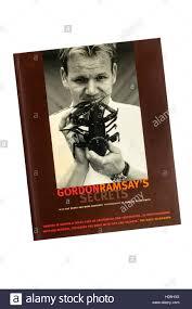 livre cuisine gordon ramsay chef gordon ramsay photos chef gordon ramsay images alamy