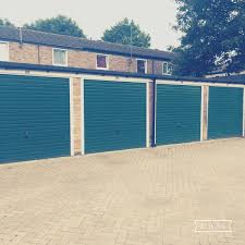 rent a garage wellingborough homes