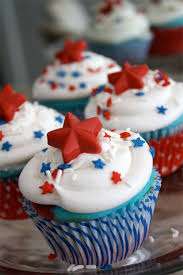 red white and blue cupcakes recipe and tutorial perfect for