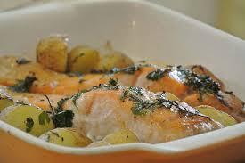 cuisiner du saumon au four pommes de terre fondante et saumon recettes cookeo